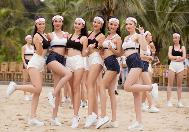 Thí sinh Hoa hậu Việt Nam khỏe khoắn khi mặc đồ thể thao